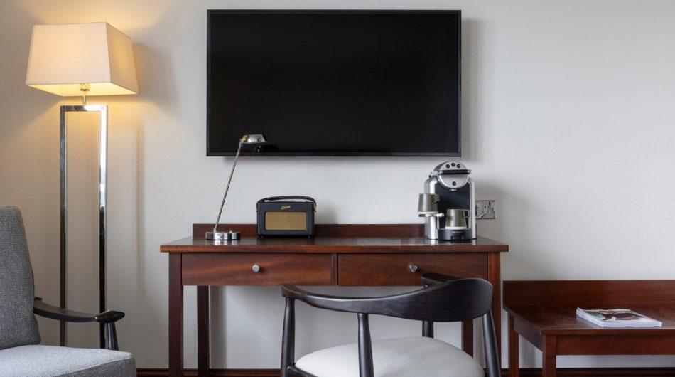 The_Green_Executive_Desk_hotel_Dublin